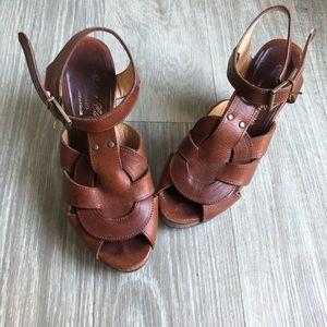 Robert Clergerie Cognac Weave Wooden Heels